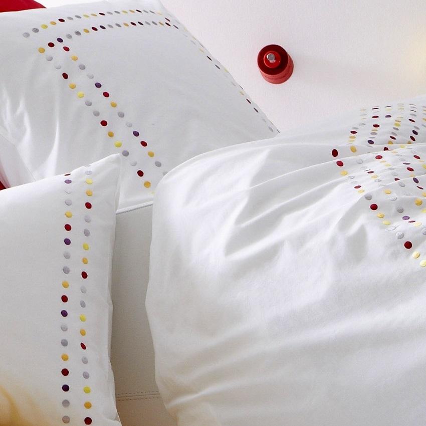 housse de couette 240x220cm v n zia multicolore par. Black Bedroom Furniture Sets. Home Design Ideas