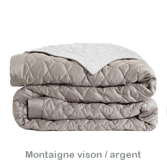 Couvre lit hermine biscuit Montaigne par Alexandre Turpault La boutique Nova Linge # Bois D Argent Gris Montaigne