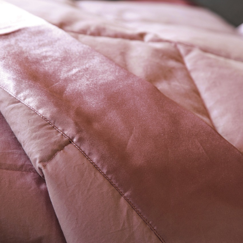 jet de lit 150x200cm cocoon rose par anne de sol ne la boutique novalinge. Black Bedroom Furniture Sets. Home Design Ideas