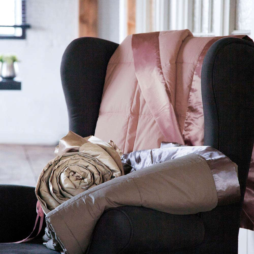 couvre lit anne de solène Cocoon makata (chocolat) par Anne de Solène   Jeté de lit  couvre lit anne de solène