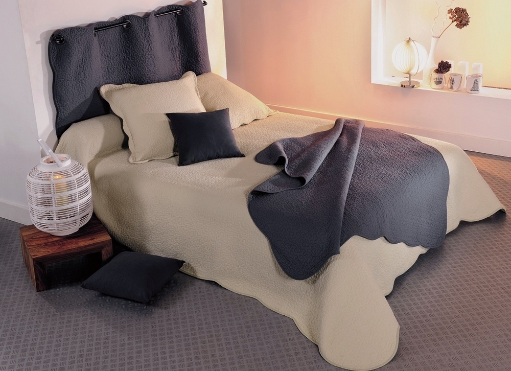 castille taupe 28 par linder jet de lit 230x250cm 2 taies la boutique novalinge. Black Bedroom Furniture Sets. Home Design Ideas