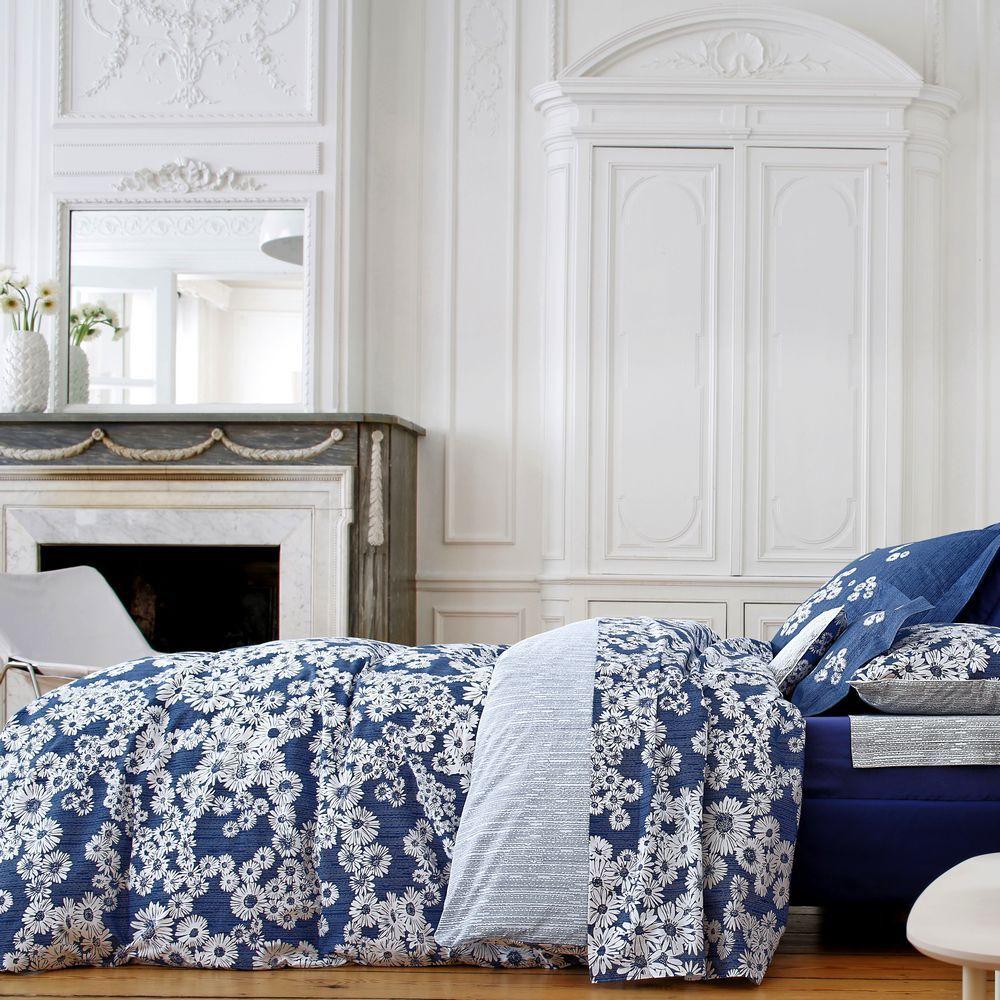 housse de couette 260x240cm dans les pr s bleu par blanc. Black Bedroom Furniture Sets. Home Design Ideas