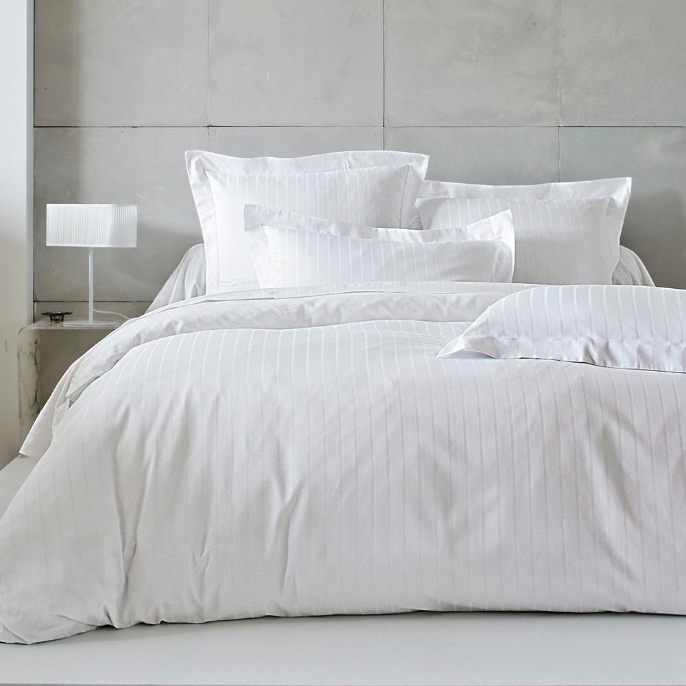 drap 280x320cm divine blanc par blanc des vosges la boutique novalinge. Black Bedroom Furniture Sets. Home Design Ideas